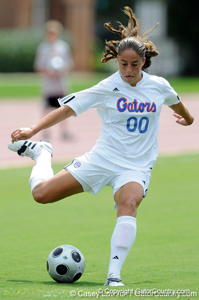 photo by Casey Brooke Lawson<br /> <br /> Florida freshman forward/midfielder Lauren Ray shoots during the Gators' 2-1 win against the Kansas Jayhawks on Sunday, September 21, 2008 at James G. Pressly Stadium in Gainesville, Fla.