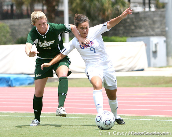 Photo Gallery: UF soccer vs. USF, 8/30/09