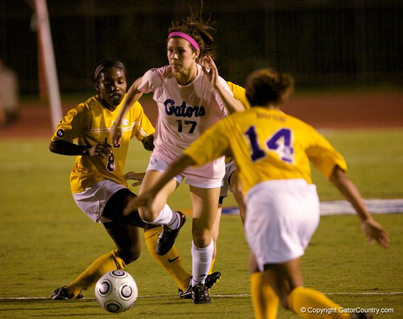 Photo Gallery: UF Soccer vs. LSU, 10/22/09