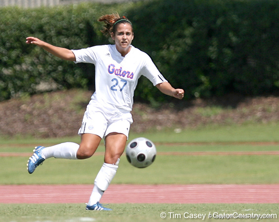 photo by Tim Casey<br /> <br /> Florida freshman forward Tricia Townsend during the Gators' 5-1 win against the Tennessee Lady Volunteers on Sunday, September 28, 2008 at James G. Pressly Stadium in Gainesville, Fla.