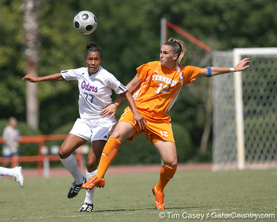 photo by Tim Casey<br /> <br /> Florida senior midfielder/forward Ameera Abdullah during the Gators' 5-1 win against the Tennessee Lady Volunteers on Sunday, September 28, 2008 at James G. Pressly Stadium in Gainesville, Fla.