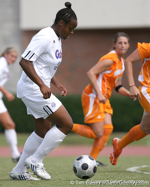 photo by Tim Casey<br /> <br /> Florida freshman forward Marsha Harper during the Gators' 5-1 win against the Tennessee Lady Volunteers on Sunday, September 28, 2008 at James G. Pressly Stadium in Gainesville, Fla.