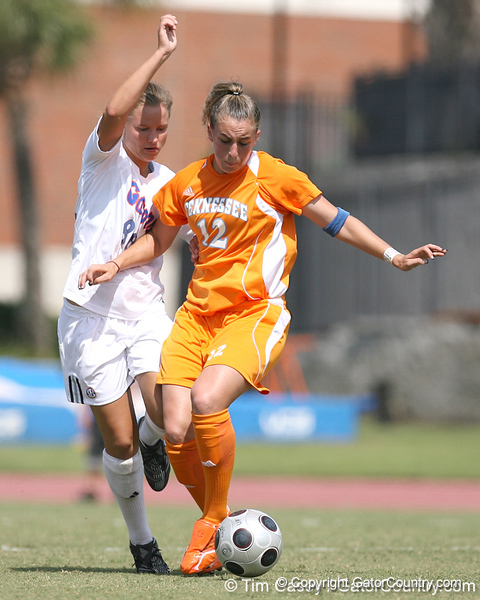 photo by Tim Casey<br /> <br /> Florida freshman midfielder/defender Sarah Chapman during the Gators' 5-1 win against the Tennessee Lady Volunteers on Sunday, September 28, 2008 at James G. Pressly Stadium in Gainesville, Fla.