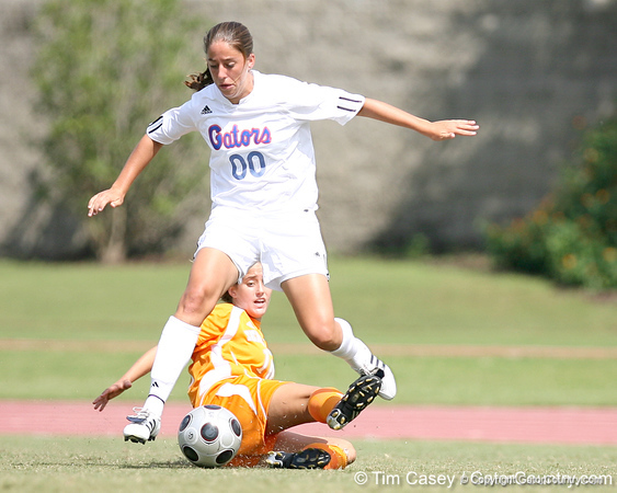 photo by Tim Casey<br /> <br /> Florida freshman forward/midfielder Lauren Ray during the Gators' 5-1 win against the Tennessee Lady Volunteers on Sunday, September 28, 2008 at James G. Pressly Stadium in Gainesville, Fla.