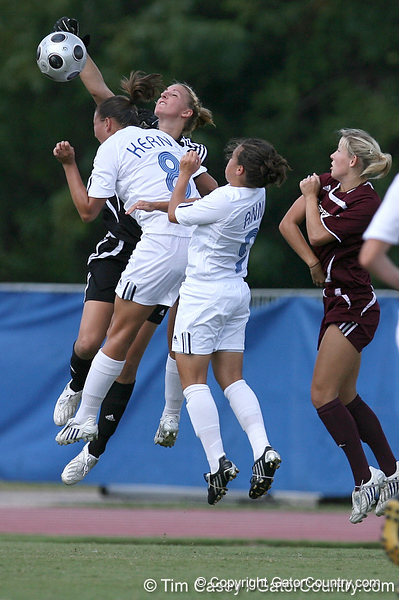 photo by Tim Casey<br /> <br /> Florida senior forward Megan Kerns and Tahnai Annis during the first half of the Gators' 3-0 win against the Mississippi State Bulldogs on Sunday, October 12, 2008 at James G. Pressly Stadium in Gainesville, Fla.