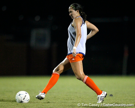 Florida junior midfielder Holly King passes the ball during the Gators' Orange & Blue Scrimmage on Friday, August 12, 2011 at the UF Lacrosse/Soccer Facility in Gainesville, Fla. / Gator Country photo by Tim Casey