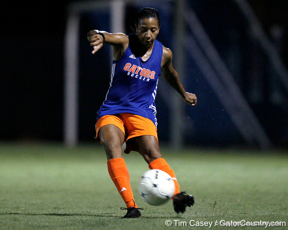 Florida senior defender Jazmyne Avant passes the ball during the Gators' Orange & Blue Scrimmage on Friday, August 12, 2011 at the UF Lacrosse/Soccer Facility in Gainesville, Fla. / Gator Country photo by Tim Casey