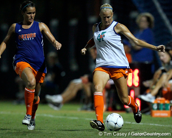 Florida redshirt-junior defender Kathryn Williamson passes the ball during the Gators' Orange & Blue Scrimmage on Friday, August 12, 2011 at the UF Lacrosse/Soccer Facility in Gainesville, Fla. / Gator Country photo by Tim Casey