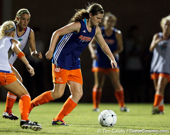 Florida freshman midfielder Jennifer Larrick controls the ball during the Gators' Orange & Blue Scrimmage on Friday, August 12, 2011 at the UF Lacrosse/Soccer Facility in Gainesville, Fla. / Gator Country photo by Tim Casey