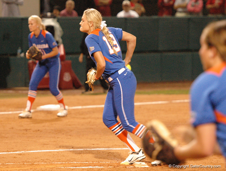 Hannah Rogers delivers a 2nd Inning pitch