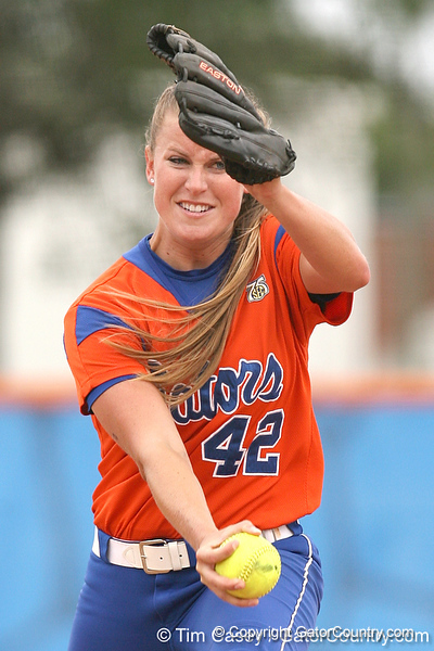080419_NelsonStacey_0131_TCasey<br /> <br /> photo by Tim Casey<br /> <br /> during the no. 3-ranked Florida Gators' sweep of a doubleheader against the Kentucky Wildcats on Saturday, April 19, 2008 at Katie Seashole Pressly Softball Stadium in Gainesville, Fla. UF improved to 50-2 on the season.