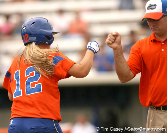 080419_BushMeganWaltonTim_0557_TCasey<br /> <br /> photo by Tim Casey<br /> <br /> during the no. 3-ranked Florida Gators' sweep of a doubleheader against the Kentucky Wildcats on Saturday, April 19, 2008 at Katie Seashole Pressly Softball Stadium in Gainesville, Fla. UF improved to 50-2 on the season.