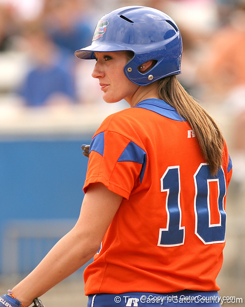 080419_EneaFrancesca_0083_TCasey<br /> <br /> photo by Tim Casey<br /> <br /> during the no. 3-ranked Florida Gators' sweep of a doubleheader against the Kentucky Wildcats on Saturday, April 19, 2008 at Katie Seashole Pressly Softball Stadium in Gainesville, Fla. UF improved to 50-2 on the season.