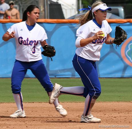Photo Gallery: Softball vs. Mississippi State 4/4/09