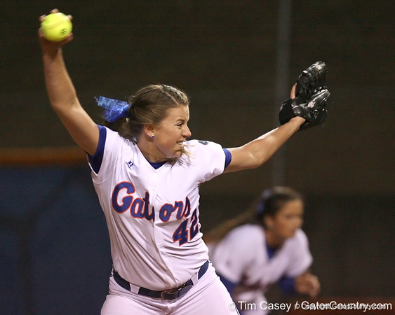 photo by Tim Casey<br /> <br /> Florida senior Stacey Nelson pitches in the seventh inning during the Gators' 3-0 win against the Baylor Bears on Friday, February 6, 2009 at Katie Seashole Pressly Softball Stadium in Gainesville, Fla.