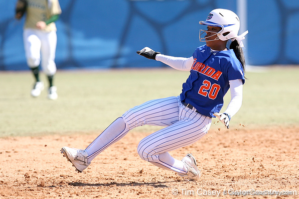 photo by Tim Casey<br /> <br /> Florida senior Le-Net Franklin steals second base during the fifth inning of the Gators' 1-0 loss to the Baylor Bears on Sunday, February 8, 2009 at Katie Seashole Pressly Softball Stadium in Gainesville, Fla.