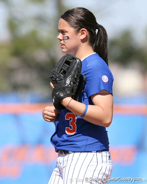 photo by Tim Casey<br /> <br /> Florida sophomore second baseman Aja Paculba eyes the batter during the fourth inning of the Gators' 1-0 loss to the Baylor Bears on Sunday, February 8, 2009 at Katie Seashole Pressly Softball Stadium in Gainesville, Fla.