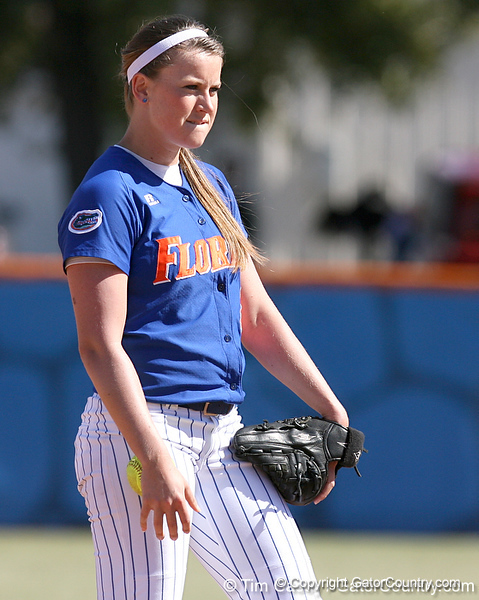 photo by Tim Casey<br /> <br /> Florida senior pitcher Stacey Nelson looks for a pitch sign during the fifth inning of the Gators' 1-0 loss to the Baylor Bears on Sunday, February 8, 2009 at Katie Seashole Pressly Softball Stadium in Gainesville, Fla.