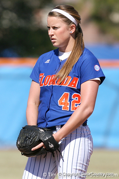 photo by Tim Casey<br /> <br /> Florida senior pitcher Stacey Nelson eyes a batter before the seventh inning of the Gators' 1-0 loss to the Baylor Bears on Sunday, February 8, 2009 at Katie Seashole Pressly Softball Stadium in Gainesville, Fla.