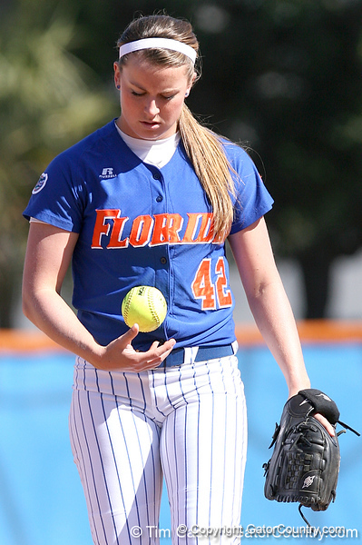 photo by Tim Casey<br /> <br /> Florida senior pitcher Stacey Nelson warms up during the second inning of the Gators' 1-0 loss to the Baylor Bears on Sunday, February 8, 2009 at Katie Seashole Pressly Softball Stadium in Gainesville, Fla.
