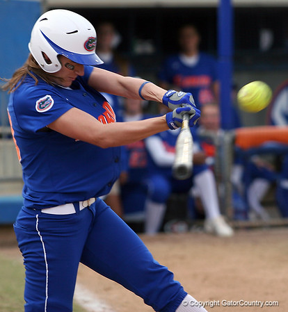 Photo Gallery: UF Softball vs. Illinois, 2/28/09