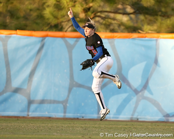 photo by Tim Casey<br /> <br /> Florida senior centerfielder Kim Waleszonia signals the first out of the  the second inning of the Gators' 10-5 win against the Pacific Tigers on Friday, February 27, 2009 at Katie Seashole Pressly Softball Stadium in Gainesville, Fla.