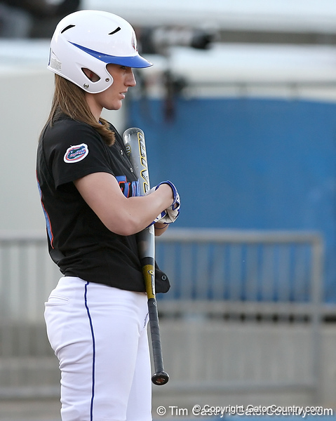 photo by Tim Casey<br /> <br /> Florida junior left fielder Francesca Enea readies to bat during the first inning of the Gators' 10-5 win against the Pacific Tigers on Friday, February 27, 2009 at Katie Seashole Pressly Softball Stadium in Gainesville, Fla.