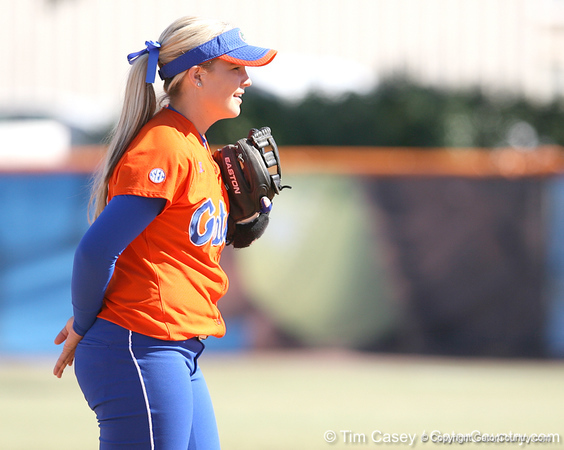 photo by Tim Casey<br /> <br /> Florida sophomore shortstop Megan Bush relays the pitch sign to the outfielders in the third inning during the Gators' 8-0 win against the Baylor Bears on Saturday, February 7, 2009 at Katie Seashole Pressly Softball Stadium in Gainesville, Fla.