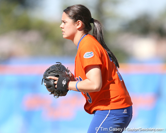 photo by Tim Casey<br /> <br /> Florida sophomore second baseman Aja Paculba stands ready during the fifth inning of the Gators' 8-0 win against the Baylor Bears on Saturday, February 7, 2009 at Katie Seashole Pressly Softball Stadium in Gainesville, Fla.