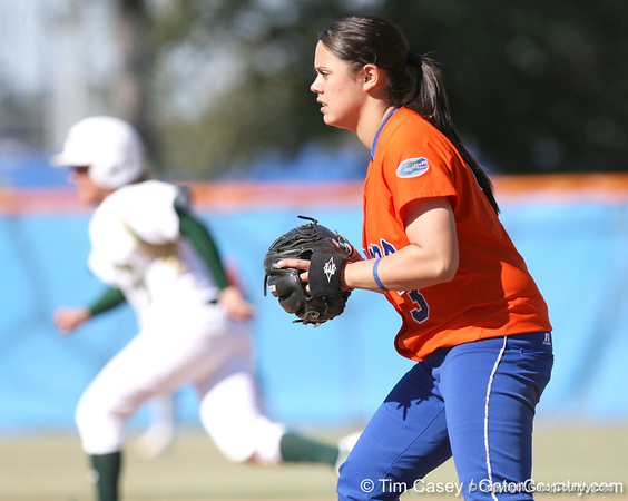 photo by Tim Casey<br /> <br /> Florida sophomore second baseman Aja Paculba gets ready for a pitch during the sixth inning of the Gators' 8-0 win against the Baylor Bears on Saturday, February 7, 2009 at Katie Seashole Pressly Softball Stadium in Gainesville, Fla.