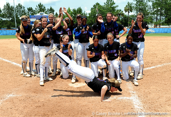 The No. 1/1 Florida softball team defeated the No. 14/16 Cal Golden Bears 2-1 during the second game of the Gainesville Super Regional Sunday, May 24, 2009 in Gainesville, Fla. at Katie Seashole Pressly Stadium. The win improved the Gators to a 60-3 overall for the season and cinched their second-consecutive trip to Oklahoma City for the Women's College World Series. / Gator Country photo by Casey Brooke Lawson