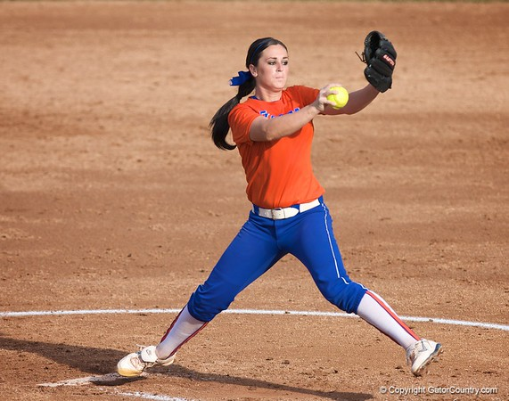 Photo Gallery: UF Softball DH vs. Seminole, 10/23/09