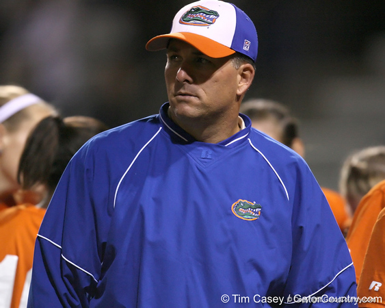 Florida head coach Tim Walton talks with his team during the Gators' 8-4 exhibition game win against the Santa Fe College Saints on Thursday, November 5, 2009 at Katie Seashole Pressly Softball Stadium in Gainesville, Fla. / Gator Country photo by Tim Casey