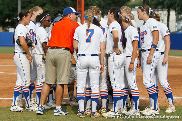 Florida head coach Tim Walton talks to his team during the Gators' 11-3 win against the UCLA Bruins in the NCAA Regional final on Sunday, May 22, 2011 at Katie Seashole Pressly Softball Stadium in Gainesville, Fla. / Gator Country photo by Tim Casey