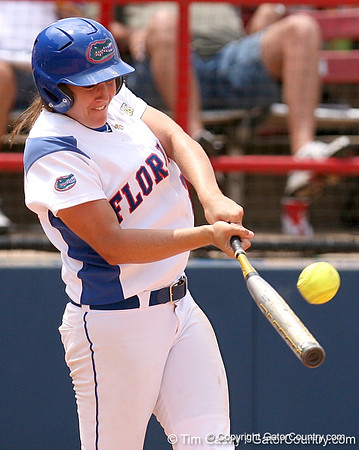 WCWS Photo Gallery #1, UF vs. ULL