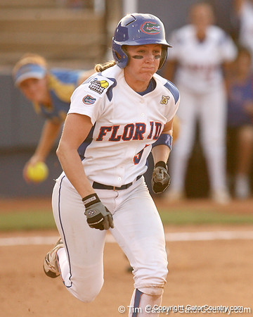 WCWS Photo Gallery #3, UF vs. UCLA
