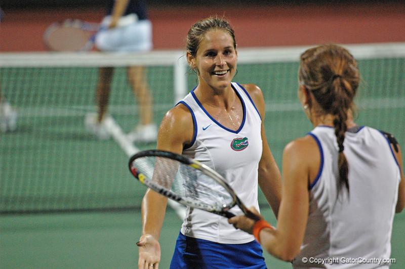 MatherJoanne-EmbreeLauren_120517_NCAA W Tennis Championship (197)_UF vs Michigan_JLewis