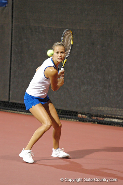 JanowiczOlivia_120517_NCAA W Tennis Championship_UF vs Michigan (508)_JLewis