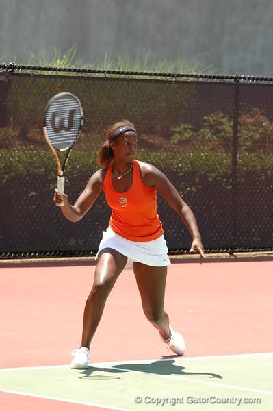 HitimanaCaroline_120521_NCAA SemiFinals W Tennis_UF vs Duke (119)_JackLewis