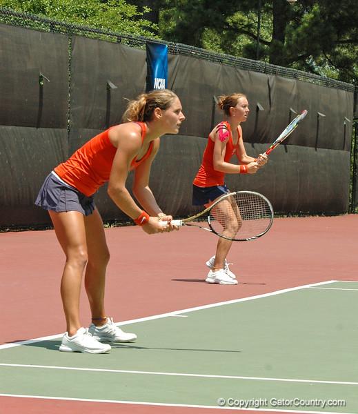 MatherJoanne-EmbreeLauren_120521_NCAA SemiFinals W Tennis_UF vs Duke (236)_JackLewis