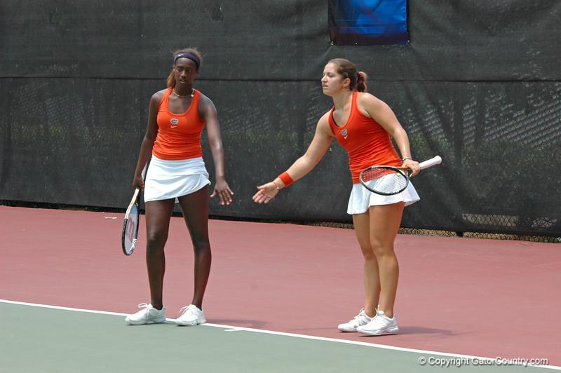 CerconeAlexandra-HitimanaCaroline_120521_NCAA SemiFinals W Tennis_UF vs Duke (152)_JackLewis