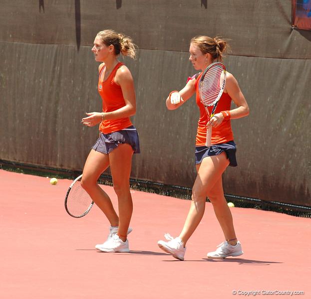 MatherJoanne-EmbreeLauren_120521_NCAA SemiFinals W Tennis_UF vs Duke (201)_JackLewis