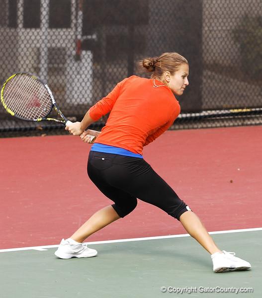 JanowiczOlivia_120304_Womens Tennis UGA vs FLA (47)_JLewis