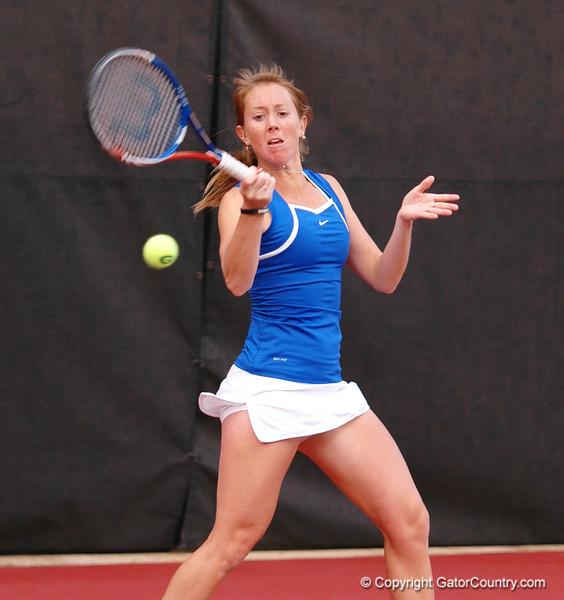 EmbreeLauren_120304_Womens Tennis UGA vs FLA (16)_JLewis