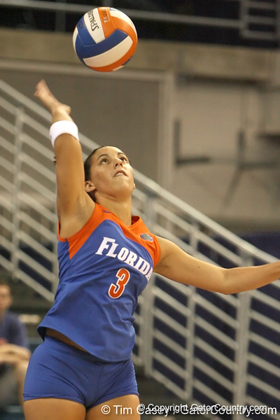 080824_DiazChristina_6401_TCasey<br /> <br /> photo by Tim Casey<br /> <br /> during the Florida volleyball team's annual Fan Day and Orange and Blue Scrimmage on Sunday, August 24, 2008 at the Stephen C. O'Connell Center in Gainesville, Fla.