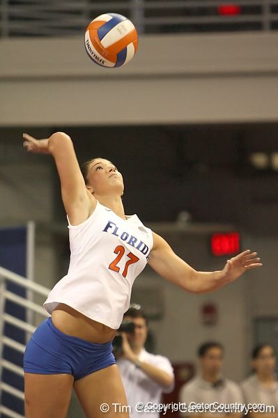 080824_FlemingErin_6455_TCasey<br /> <br /> photo by Tim Casey<br /> <br /> during the Florida volleyball team's annual Fan Day and Orange and Blue Scrimmage on Sunday, August 24, 2008 at the Stephen C. O'Connell Center in Gainesville, Fla.