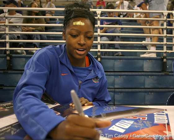 080824_AndersonCassandra_6291_TCasey<br /> <br /> photo by Tim Casey<br /> <br /> during the Florida volleyball team's annual Fan Day and Orange and Blue Scrimmage on Sunday, August 24, 2008 at the Stephen C. O'Connell Center in Gainesville, Fla.
