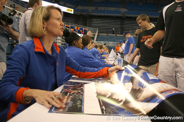 080824_WiseMary_6274_TCasey<br /> <br /> photo by Tim Casey<br /> <br /> during the Florida volleyball team's annual Fan Day and Orange and Blue Scrimmage on Sunday, August 24, 2008 at the Stephen C. O'Connell Center in Gainesville, Fla.