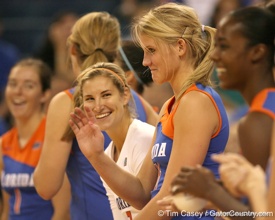 080824_WardColleen_6354_TCasey<br /> <br /> photo by Tim Casey<br /> <br /> during the Florida volleyball team's annual Fan Day and Orange and Blue Scrimmage on Sunday, August 24, 2008 at the Stephen C. O'Connell Center in Gainesville, Fla.