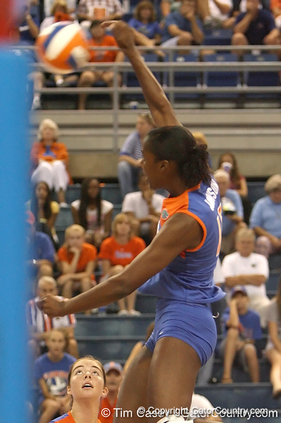 080824_JohnsonKristina_6435_TCasey<br /> <br /> photo by Tim Casey<br /> <br /> during the Florida volleyball team's annual Fan Day and Orange and Blue Scrimmage on Sunday, August 24, 2008 at the Stephen C. O'Connell Center in Gainesville, Fla.